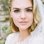 Бывшая модель plus-size Кейт Аптон опубликовала серию свадебных фото