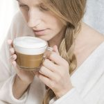 Nespresso анонсировал выпуск новой кофемашины и лимитированных термостаканов