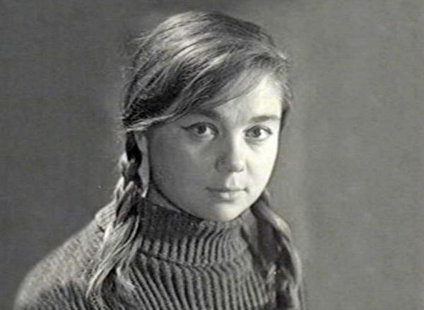 Друг звезды фильма «Любовь и голуби» рассказал, в каких условиях она умерла