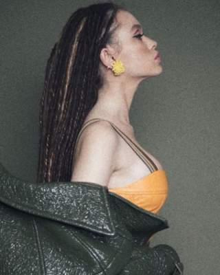 Мария Яремчук похвалилась высокой грудью