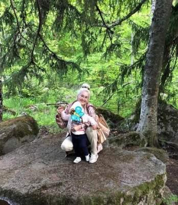 Катя Бужинская показала свежие фото своих двойняшек