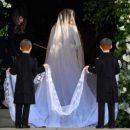 Свадебный наряд Меган Маркл поразил гостей церемонии