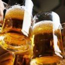 Врачи рассказали, от какой болезни пиво защищает женщин
