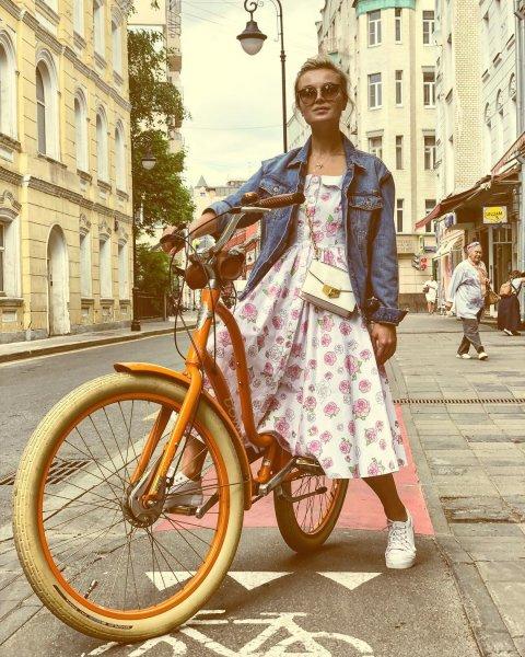 Необычный велосипед Полины Гагариной удивил поклонников