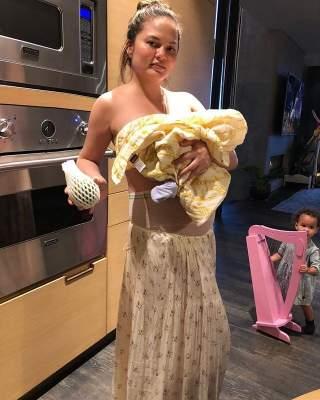 Крисси Тейген продемонстрировала фотографию после родов