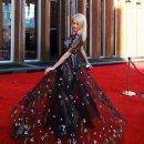 «Можно надеть Dior, но оставаться «Деревней»: Яна Рудковская попала под шквал критики