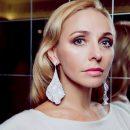 «Как две капли воды»: Татьяна Навка удивила поклонников фотографией своей дочери-выпускницы