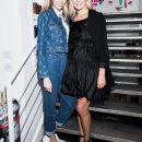 Елена Летучая пришла в «беременном» платье на выставку модной одежды