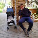 Кержаков свободное время проводит с сыном после слухов о разводе