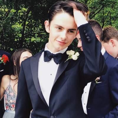 Фотографии сына голливудской актрисы восхитили Сеть