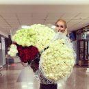 Директор Волочковой объяснил скандал с её цветами в самолёте