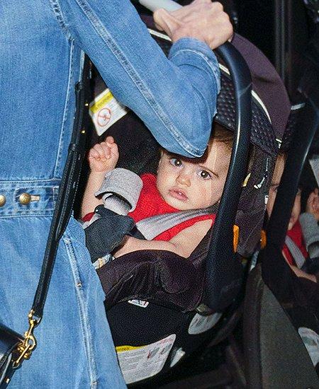 Семья Джорджа Клуни отметила день рождения детей в Италии
