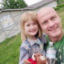 Вячеслав Узелков похвастался фотографиями дочери
