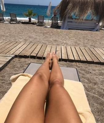 Без изъяна: Оля Полякова похвалилась своими ногами