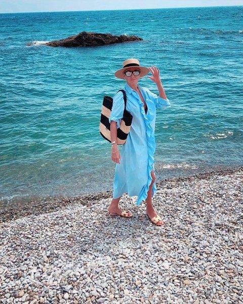 Навка и Песков нежатся на крымских пляжах