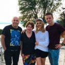 Певица Валерия показала фото своей дружной семьи