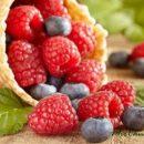 Названы летние ягоды, которые помогут быстро похудеть