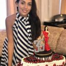 Алсу похвасталась шикарным тортом на день рождения от свекра