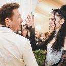 Девушка Илона Маска поздравила его на русском языке