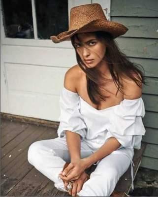 Ирина Шейк снялась для обложки модного журнала