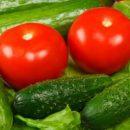 Почему медики запрещают смешивать огурцы и помидоры