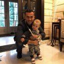 Адвокат: Кержаков отобрал сына у жены из-за денег