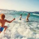 Врачи объяснили, в чем польза морской воды для ребенка