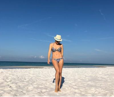 Лилия Подкопаева похвалилась идеальной фигурой в бикини