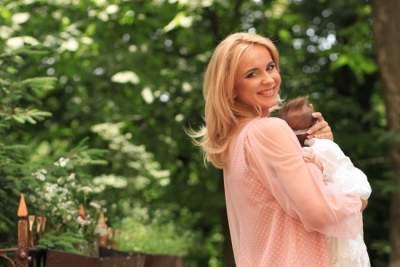 Лиля Ребрик показала, как отдыхает с дочерью