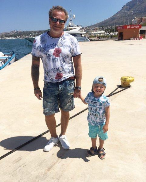 Пресные ксероксы: Подписчики Натальи Подольской восхитились сходством Преснякова и его трехлетнего сына