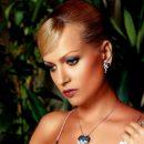 Олеся Судзиловская покорила поклонников упругой грудью в эротическом купальнике