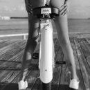 Звезда шоу «Дом-2» Катя Жужа опубликовала в Сети откровенное фото на велосипеде