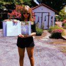 На артистку Тейлор Свифт подала в суд компания SwiftLife