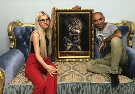 Финалист «Битвы экстрасенсов» получил в подарок портрет своего пса за 600 тыс рублей