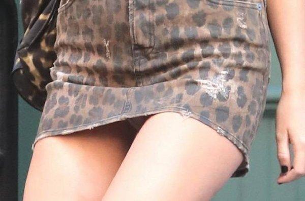 Артистка Тейлор Свифт засветила папарацци свое нижнее белье