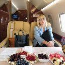 «Одни жируют, другие бичуют»: Фанатов взбесили полеты Орбакайте на частных самолетах