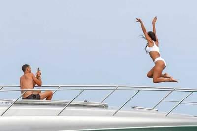 Николь Шерзингер с бойфрендом засняли на яхте