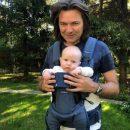 Дмитрий Маликов впервые показал лицо полугодовалого сына