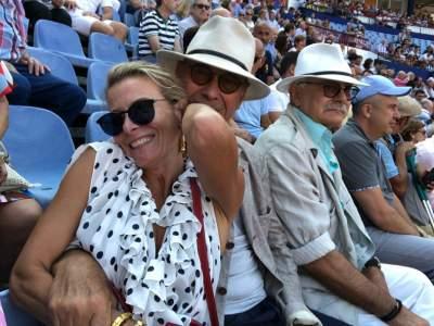 Юлия Высоцкая показала фотографии с мужем