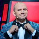 Борода, ряса и крест: украинский певец поразил новым образом
