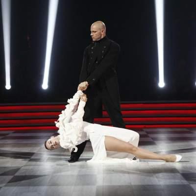 Участники «Танцев со звездами» прокомментировали слухи о своем романе