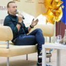 Олег Винник начал преподавать в университете Поплавского