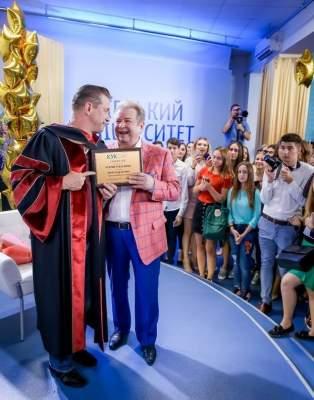 Американский актер стал профессором университета Поплавского