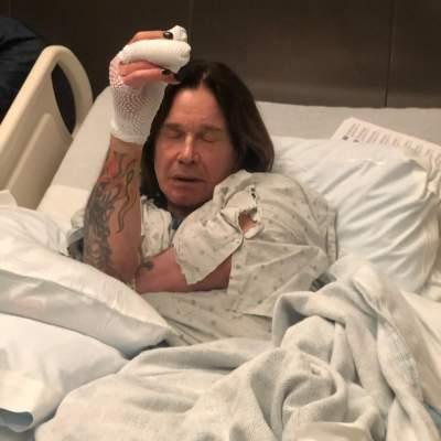 Легендарного рок-музыканта экстренно госпитализировали