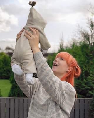 Известная украинская певица рассказала о первых днях материнства