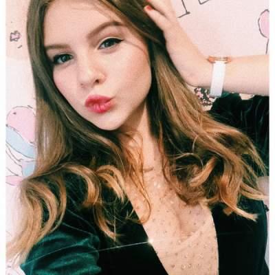 Дочь Ольги Фреймут удивила «взрослыми» селфи