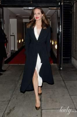Сама элегантность: Анджелина Джоли восхитила стильным нарядом