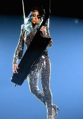 Леди Гага представила новое сногсшибательное шоу