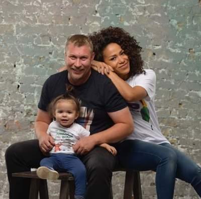 Гайтана показала редкое фото с мужем