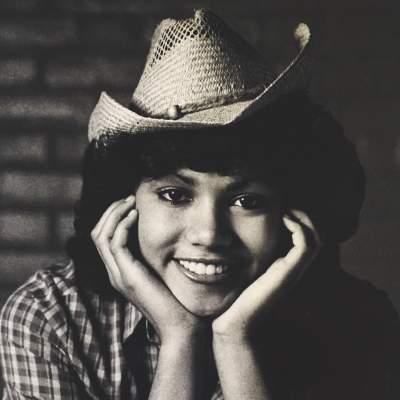 Холли Берри показала, как выглядела в 15 лет